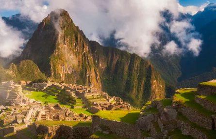 Valle Sagrado to Machu Picchu 2D/1N